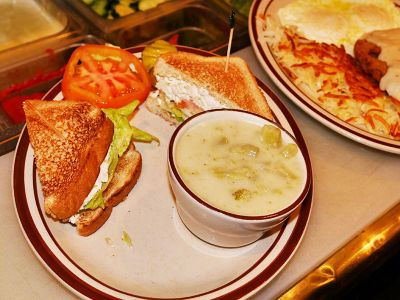 Sandwich-and-soup